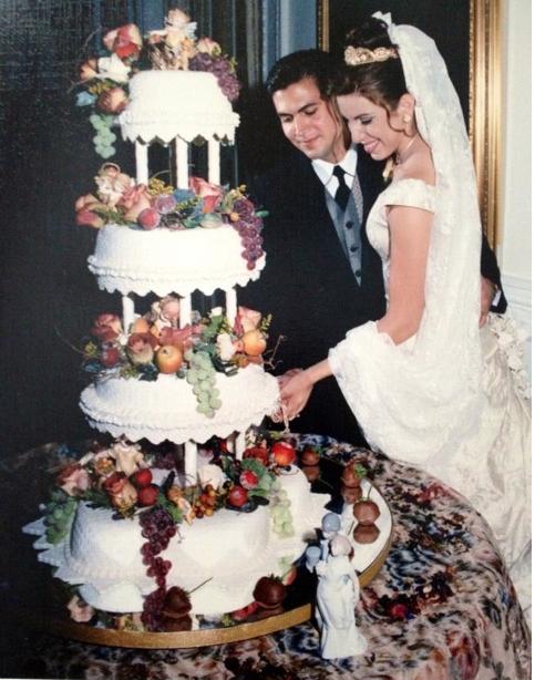 Meet Cake Artist Karen Vazquez CakeMade Blog